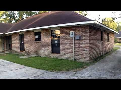 Baton Rouge Appraisers Video: Someone Took An Axe To This Foreclosed Home